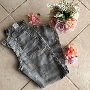 Camouflage Boyfriend Jeans